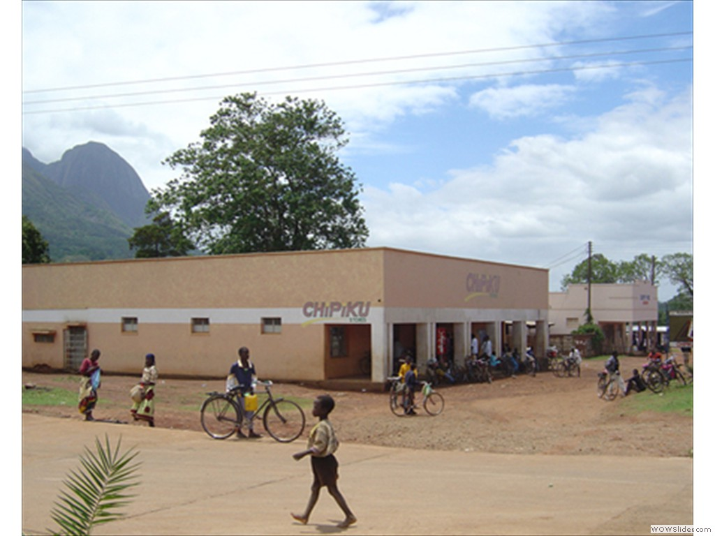 Mulanje Comercial Buildings1005